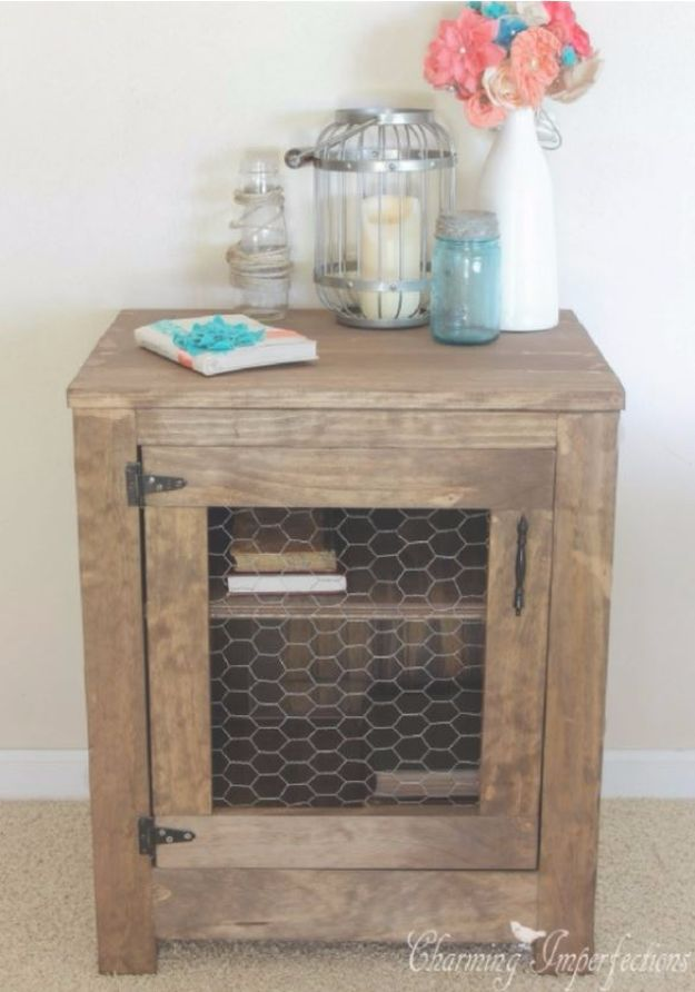 Farmhouse Chicken Wire Nightstand