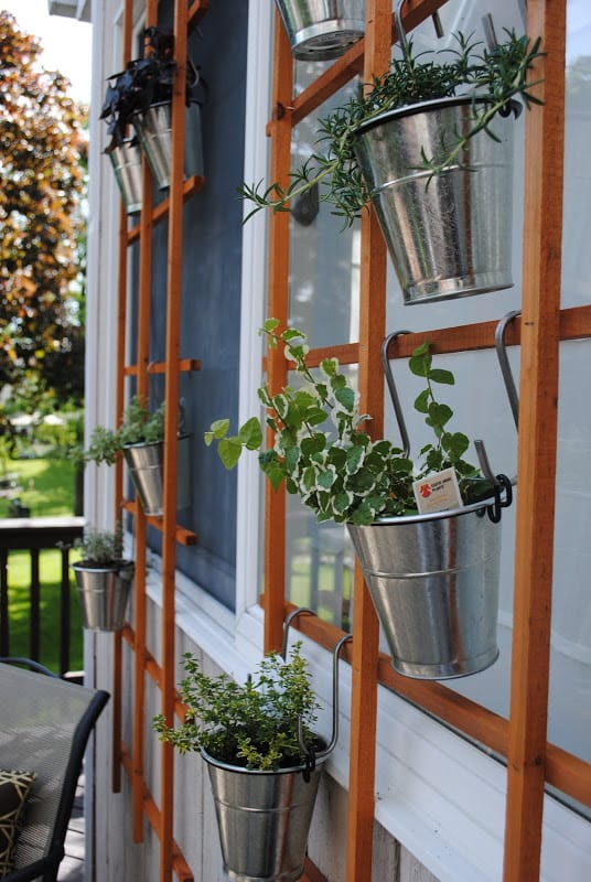 Best DIY outdoor hanging planter ideas and designs #1