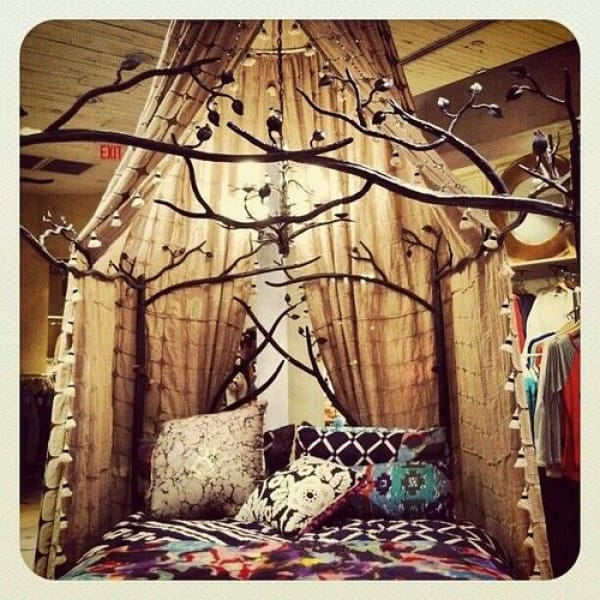 The Magical Decorated Canopy Tree Bed
