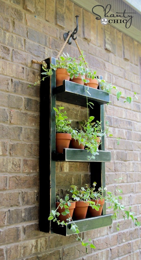 Best DIY outdoor hanging planter ideas and designs #15