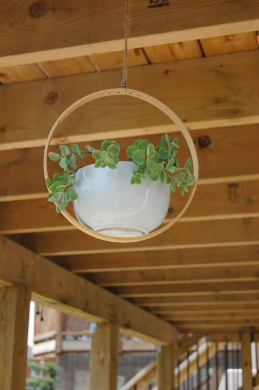 Best DIY outdoor hanging planter ideas and designs #2
