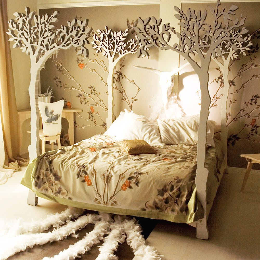 The Magical four-branch Tree Bed