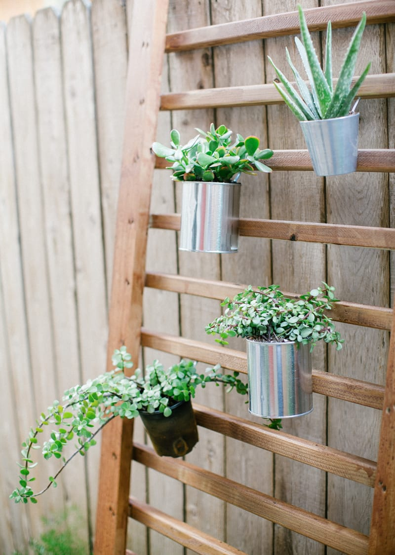 Best DIY outdoor hanging planter ideas and designs #20
