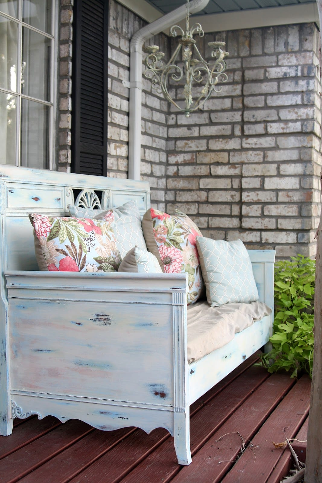 Best Vintage Porch Decor Ideas #20