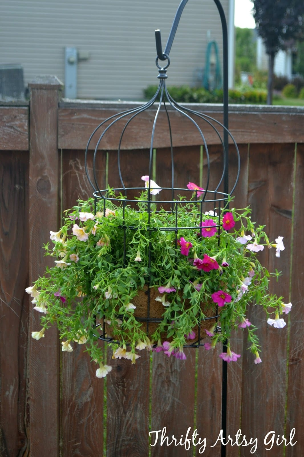 Best DIY outdoor hanging planter ideas and designs #22