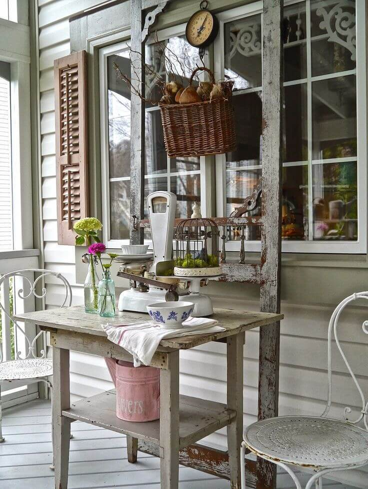 Best Vintage Porch Decor Ideas #22