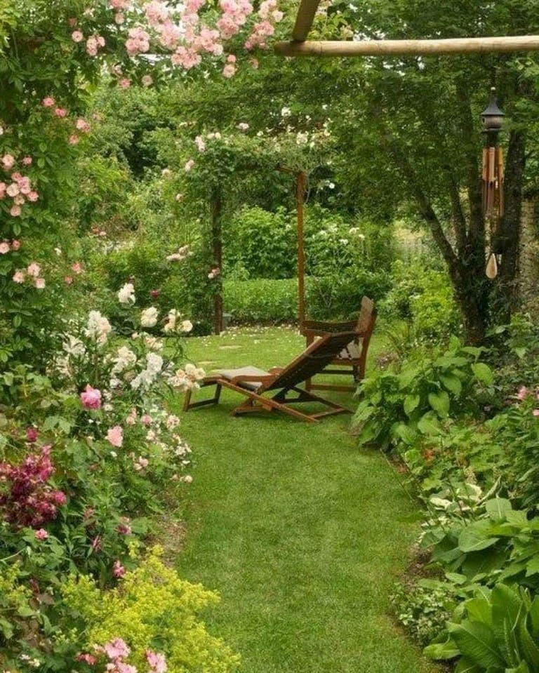 Best cottage style garden ideas for landscaping #24