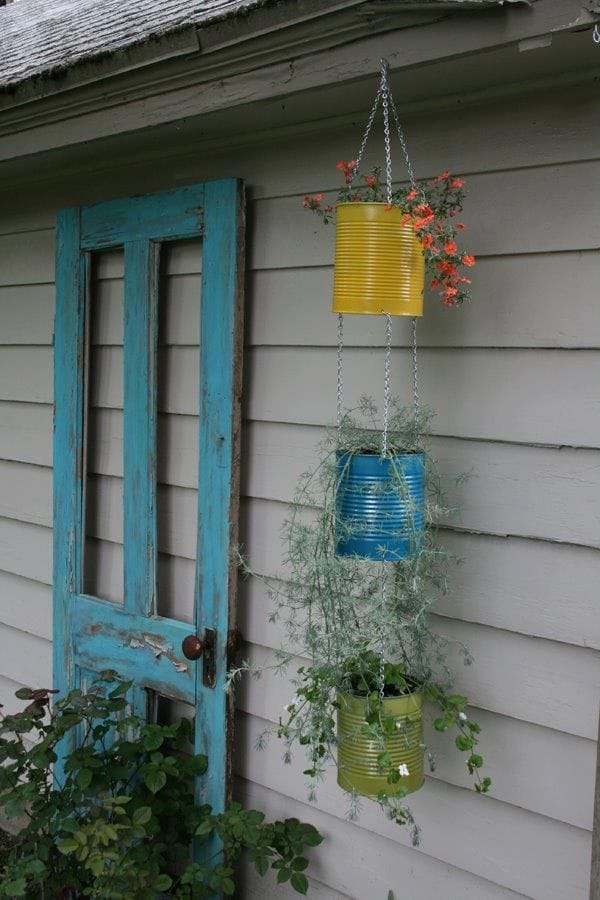 Best DIY outdoor hanging planter ideas and designs #3