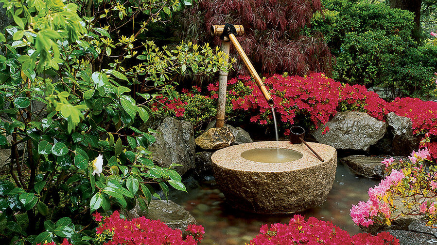 Japanese-style water feature