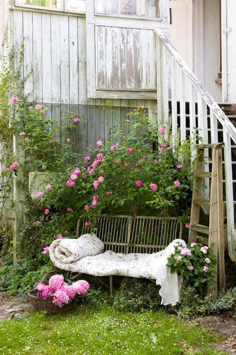 Best shabby chic vintage decor ideas #31