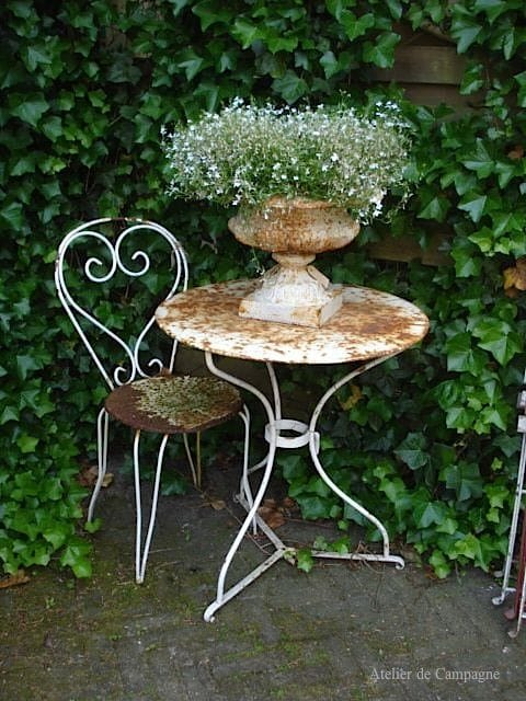Best shabby chic vintage decor ideas #35