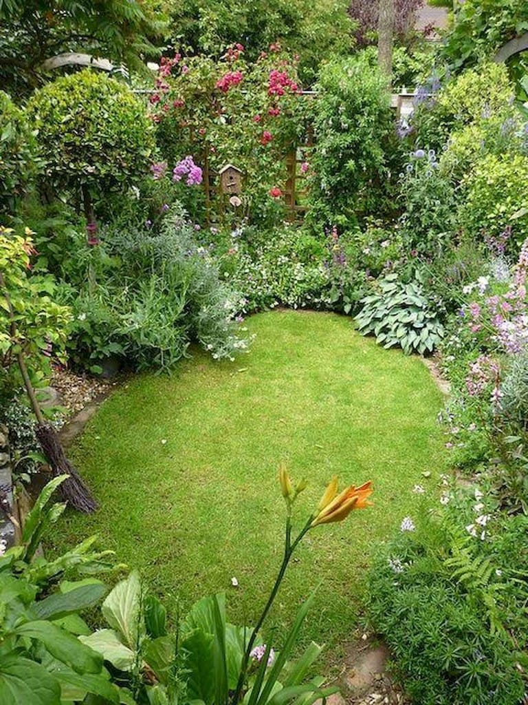 Best cottage style garden ideas for landscaping #41