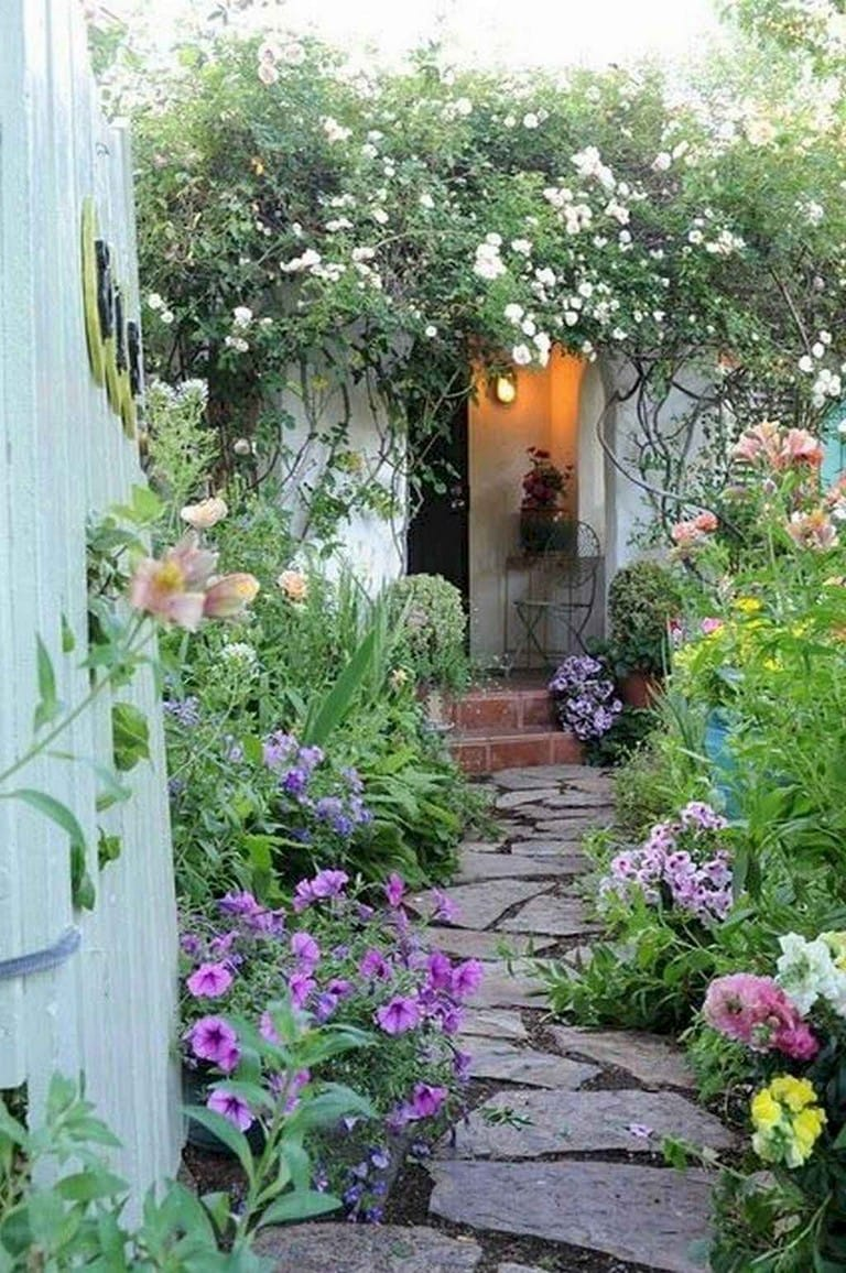 Best cottage style garden ideas for landscaping #42