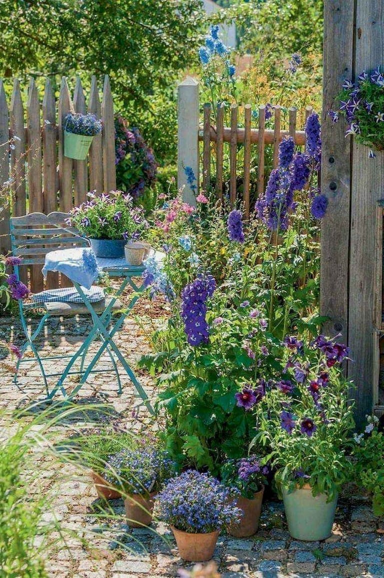 Best cottage style garden ideas for landscaping #43