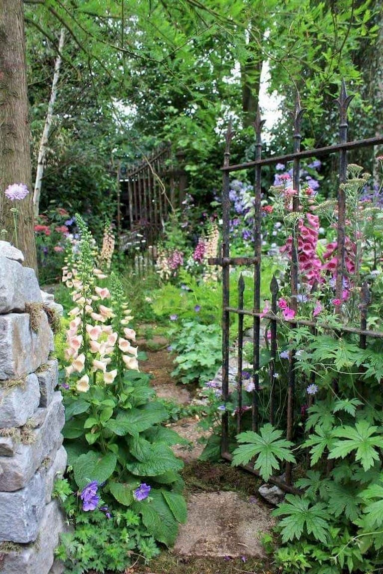 Best cottage style garden ideas for landscaping #47