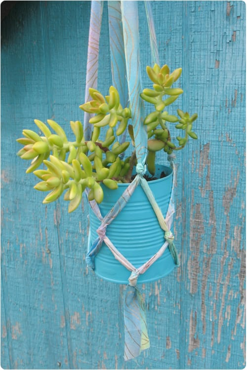 Best DIY outdoor hanging planter ideas and designs #6