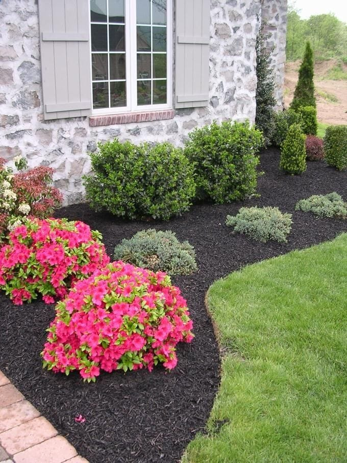 Best Front Yard Landscaping Ideas and Designs For Your House #7
