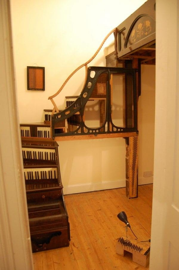 Repurposed Old Piano into Stairs