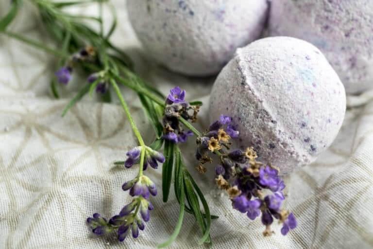 Lavender & Vanilla Bath Bombs