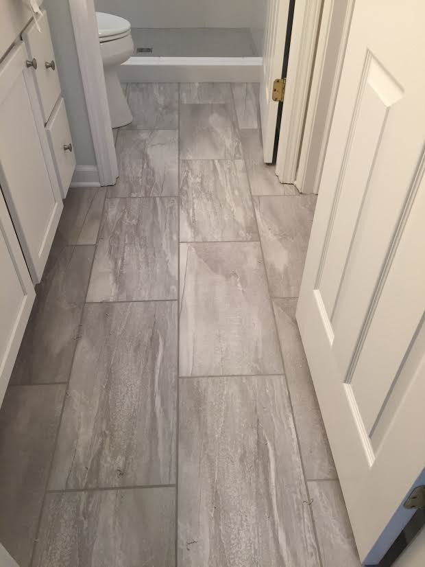 Transitional bathroom tiles